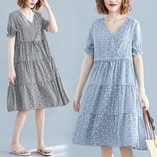 Diosa V-Neck Plaid Short-Sleeve Babydoll Dress