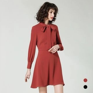 BUDELLY Long-Sleeve Tie-Neck A-Line Dress