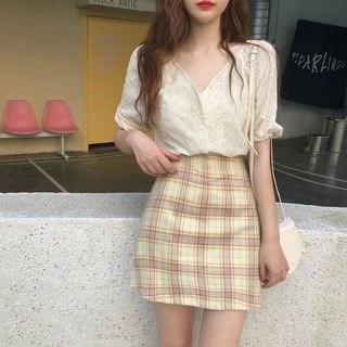 CosmoCorner Flower V-Neck Short-Sleeve Blouse / Check Skirt