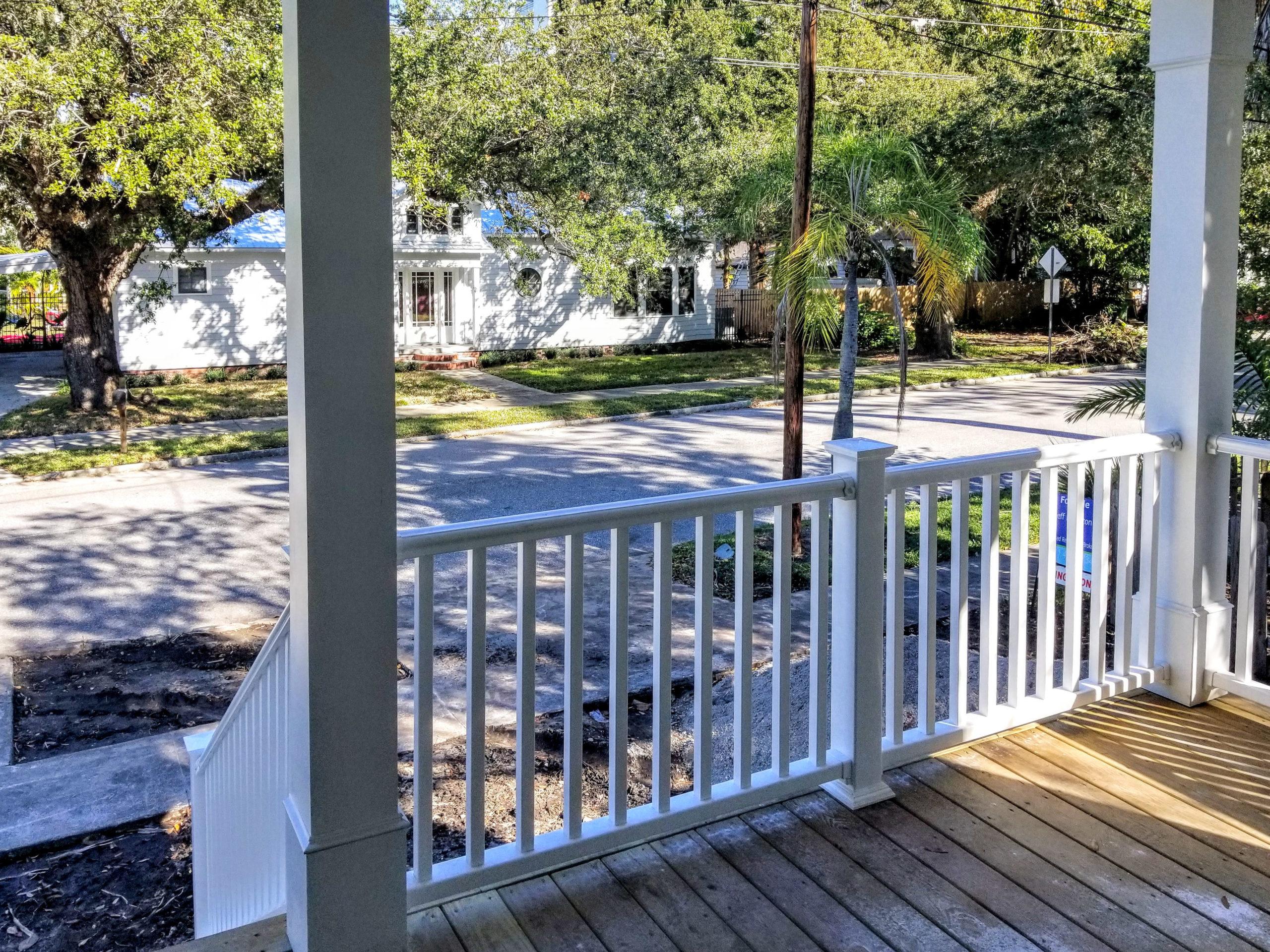 sapelo modular home porch