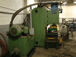 200 Ton Hydraulic Press Steelcase 5