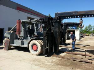 80,000lb Taylor Forklift 1