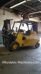30,000lb Used Royal Hard Tire Forklift For Sale