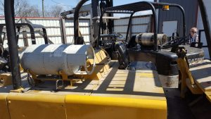 25,000lb. Capacity Cat T250 Forklift For Sale (5)