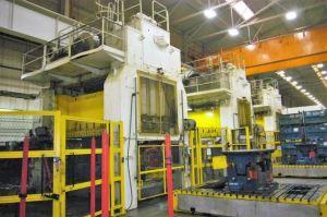 700 Ton Rovetta Single-Action Press Line For Sale