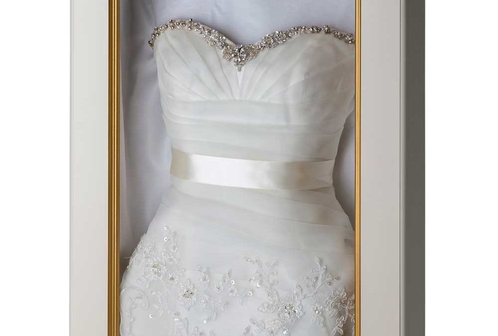 New Trend: Framing Your Wedding Dress