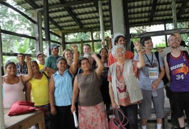 Honduras delegation 2013 (800x533)