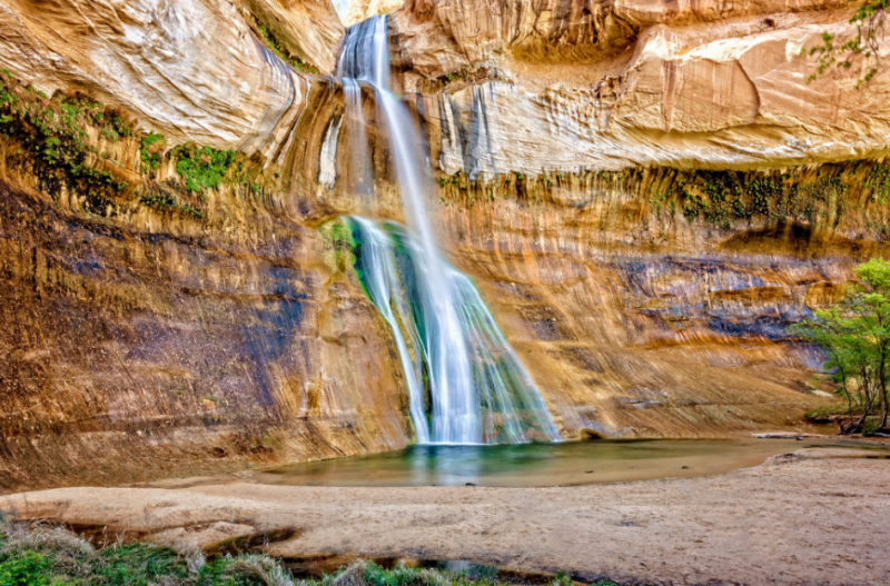 Air Terjun Calf Creek