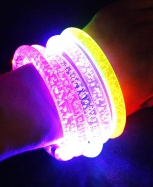 LED-bransoletka-Light-up-2