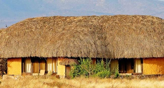 Samburu Sopa Lodge (courtesy http://www.sopalodges.com/samburu-sopa-lodge)