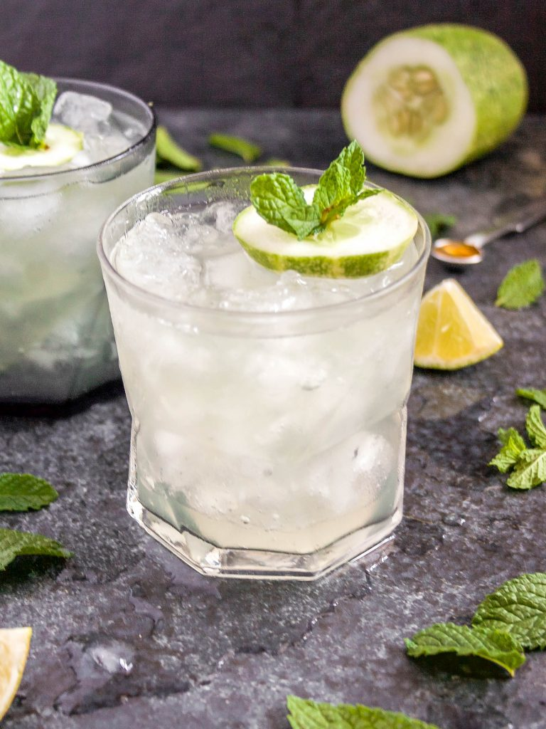 fresh, local cucumber + mint from my urban garden make the BEST cucumber mojito! it's super easy, refreshing, and awesome for sipping outside. | cucumber mojito | a flavor journal food blog