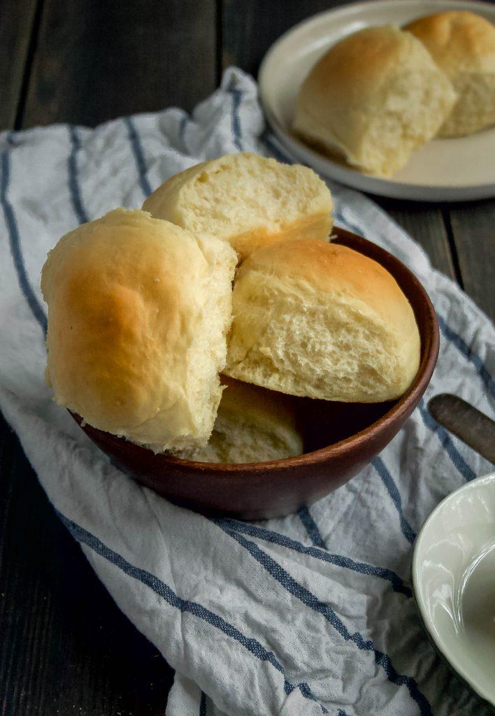 fluffy, soft, milk + yeast dinner rolls are my favorite roll recipe. milk + yeast soft dinner rolls | a flavor journal food blog