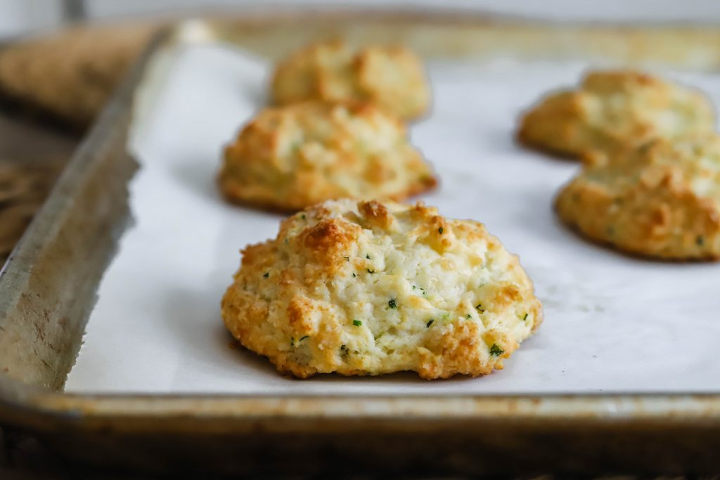 crispy outside, fluffy inside. these super easy cheddar and chive drop biscuits will make your mornings a whole lot better. cheddar and chive drop biscuits | a flavor journal food blog