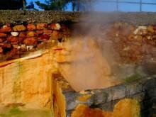 Sources d'eau brûlante...