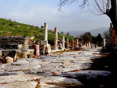 Efes - vieux pavement en marbre blanc