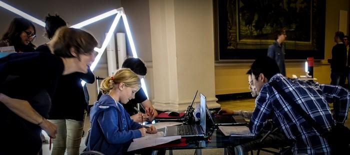 Samsung Digital Classroom V&A Raphael Gallery Students Working LDF