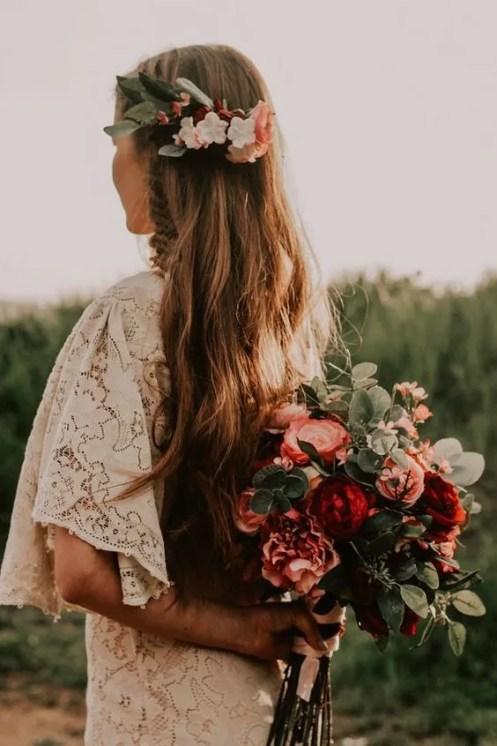 cappelli sposa morbidi e naturali con fiori d'autunno