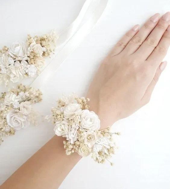 Corsage damigelle in fiori secchi