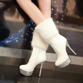 Winter-Wedding-Boots