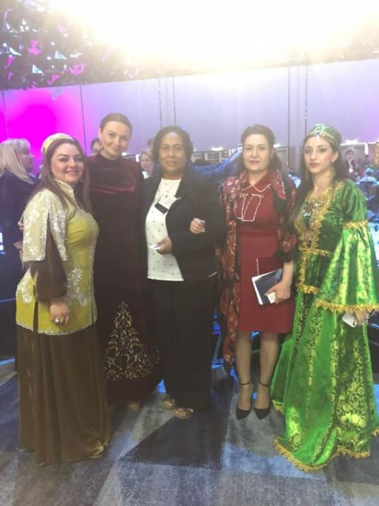 Xanımlarımız Ümumdünya Qadın Sammitində Azərbaycan Xalq Cümhuriyyətindən danışıblar