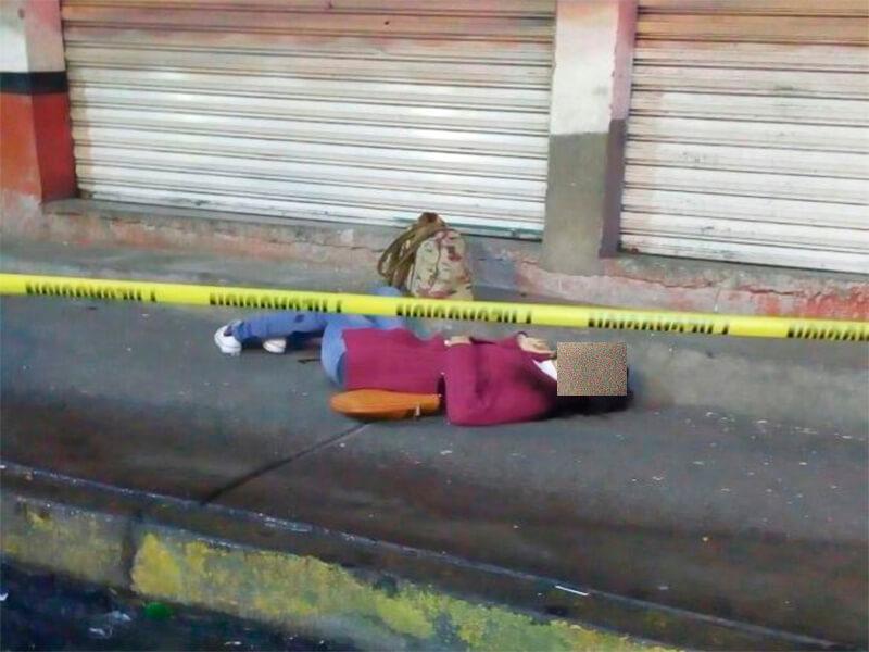 FEMINICIDIO #110: Asesinan a balazos a una mujer frente al penal de Barrientos