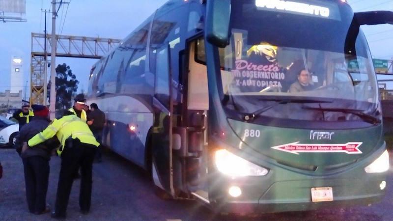 autobus-flecha-roja