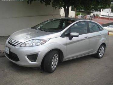Reportan robo con violencia de auto Ford Fiesta en Acolman