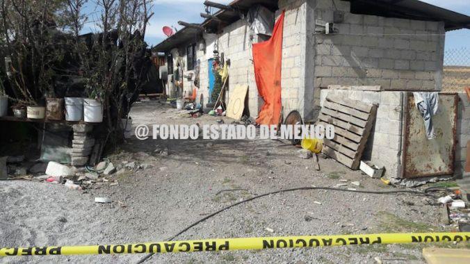 FEMINICIDIO #28: Asesinan a mujer y sus dos hijos en Edomex