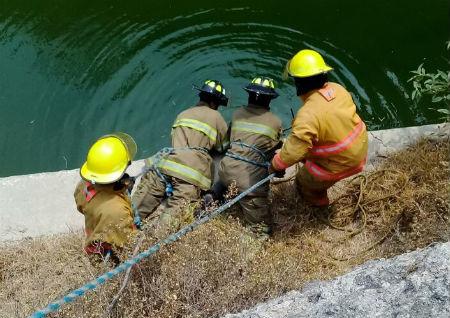 El cuerpo fue rescatado luego de horas de trabajo.