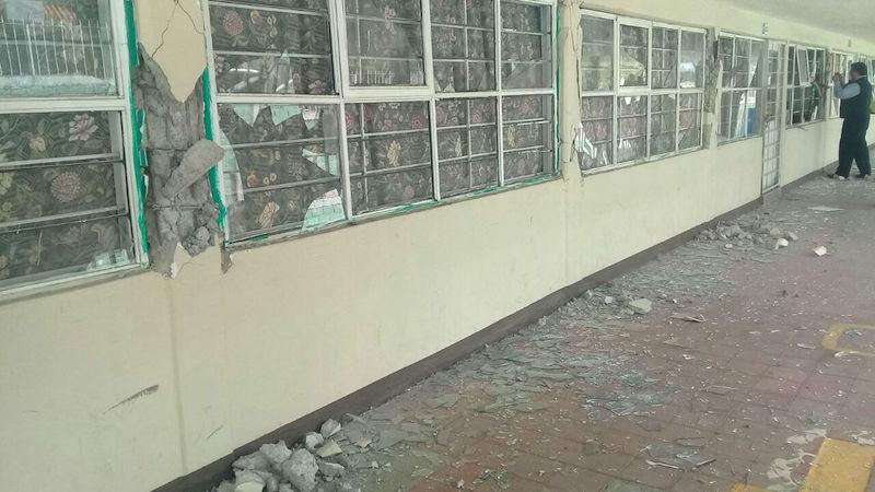 Resultado de imagen para escuelas colapsadas por los sismos en mexico