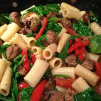 Hearty Rigatoni with Italian Sausage, Spinach, Mushrooms, and Red Bell Pepper