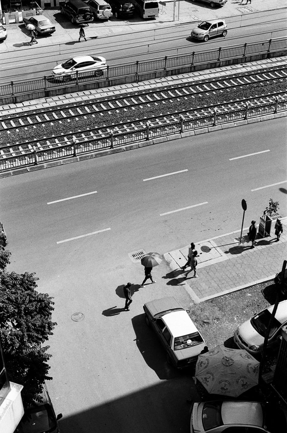 5 - People crossing street in Addis