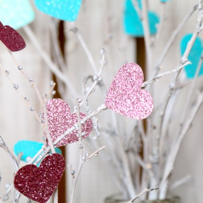 VALENTINE'S TWIG BOUQUETS: A TUTORIAL