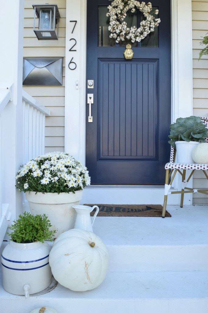 Charmant Navy Blue Is Classic. Beautiful And Bold And Perfect For Decorating. Here  Are Some
