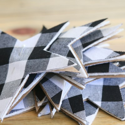 HOW TO MAKE A GINGHAM STARS GARLAND