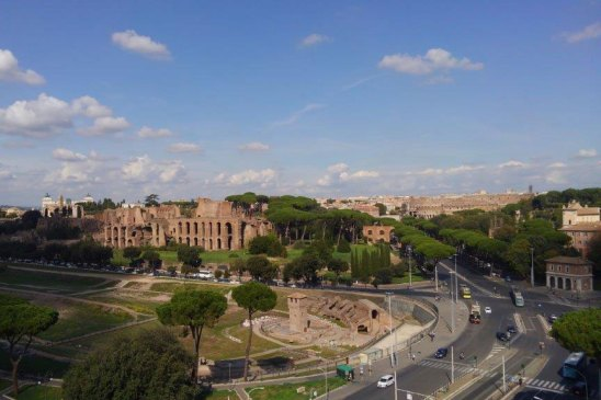 FAO本部屋上よりローマ市内を望む