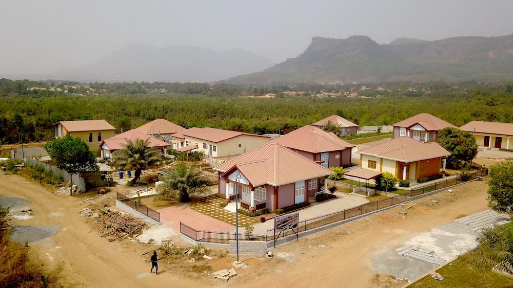 Doumbouya 2018