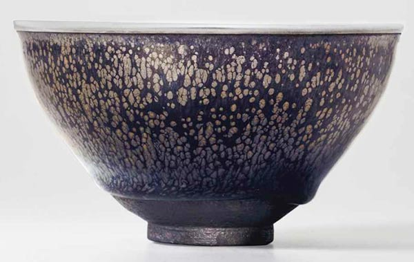 Chinese tea bowl sets record price at NY auction