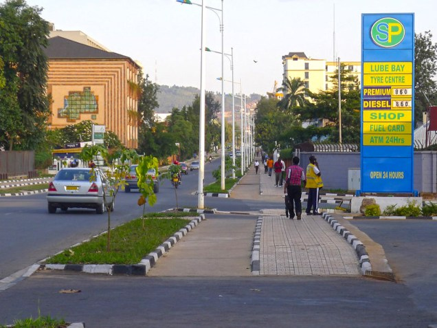 Footpaths and cycle tracks in Kigali