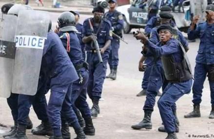 Marche FCC : important dispositif policier autour du Palais du peuple à Kinshasa