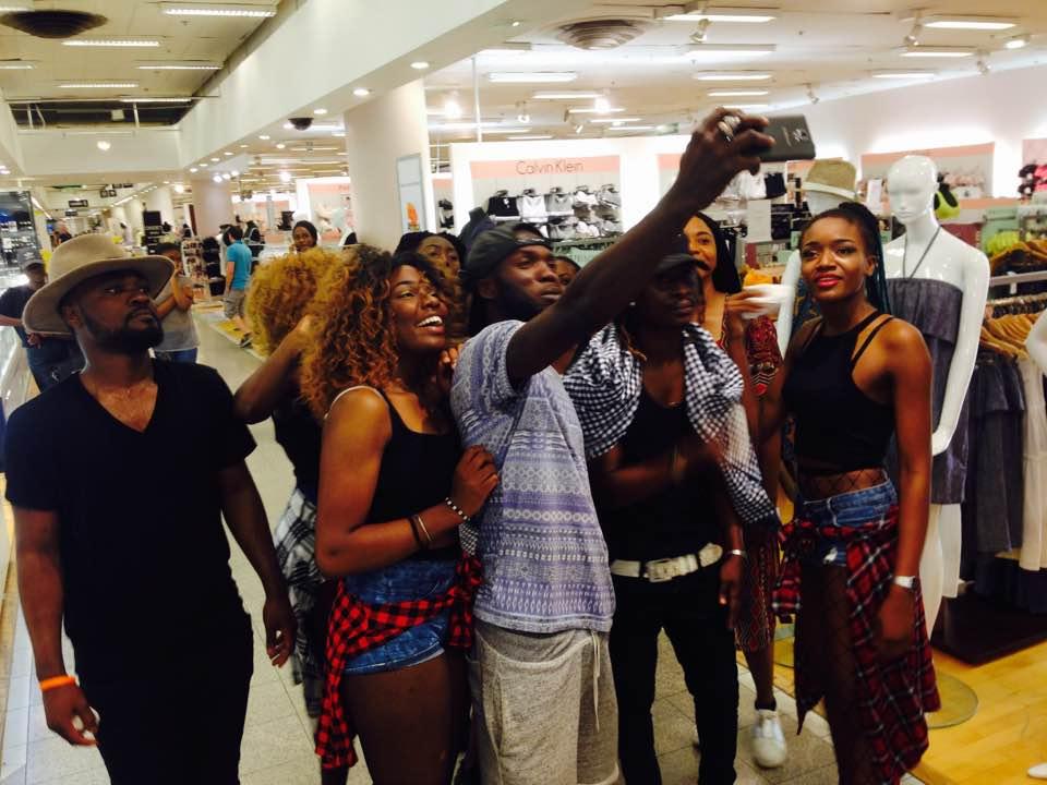 Africa 50 a ambiancé les Nouvelles Galeries Lafayette de Bron