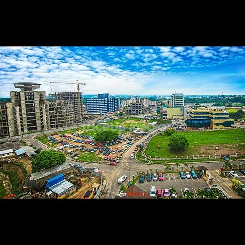 Accra, the capital of Ghana, is a good example of a city that has a good reputation throughout Africa and beyond for the quality of its communications infrastructure, low crime rates and steady democracy.