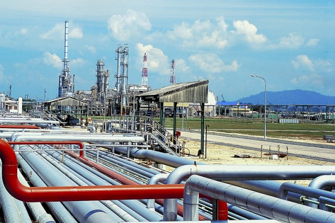 Uganda to invest $1bn in oil and gas infrastructure - Africa Briefing