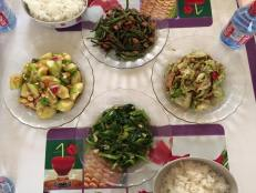 """Swift made her first Chinese meal for Anna and her """"husband"""""""