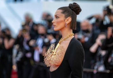 Bella Hadid storms red carpet with stunning golden lungs necklace by Schiaparelli