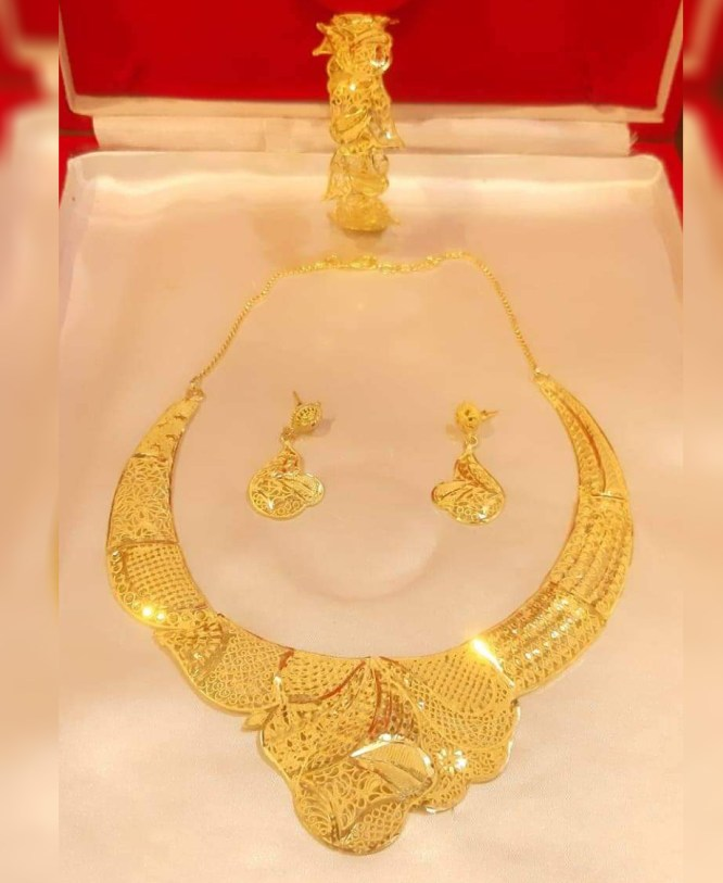 Stylish & Fabulas Party Wear 2 Gram Gold Jewellery Necklace and Earrings Set For Women