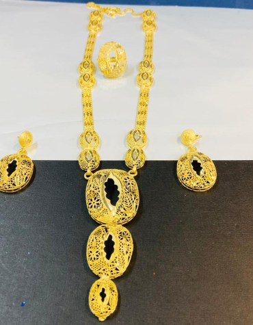 New Traditional 2 Gram Gold Designer Necklace For Women Party & Function Wear