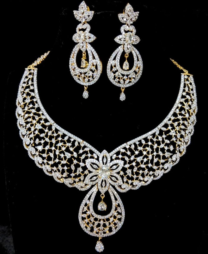 African Stylish American Diamond Wedding Necklace Set With Earrings For Women