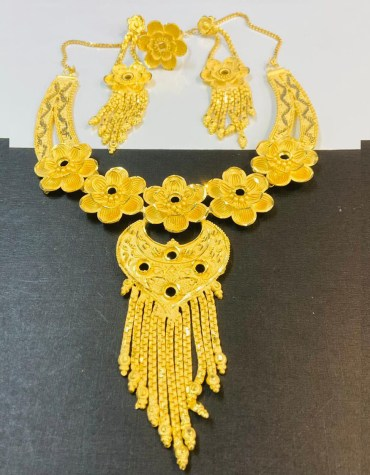 New 2 Gram Gold Trendy Floral Designer Jewellery Necklace and Earrings full Set For Women