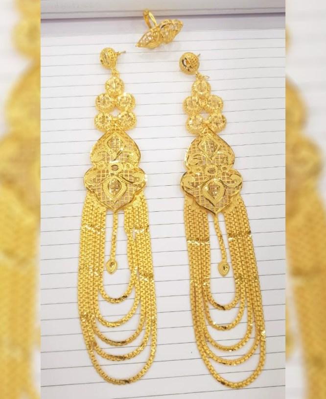 New Trendy Golden Earring & Finger Ring Designer Earring Set For Wedding & Party Set For Women